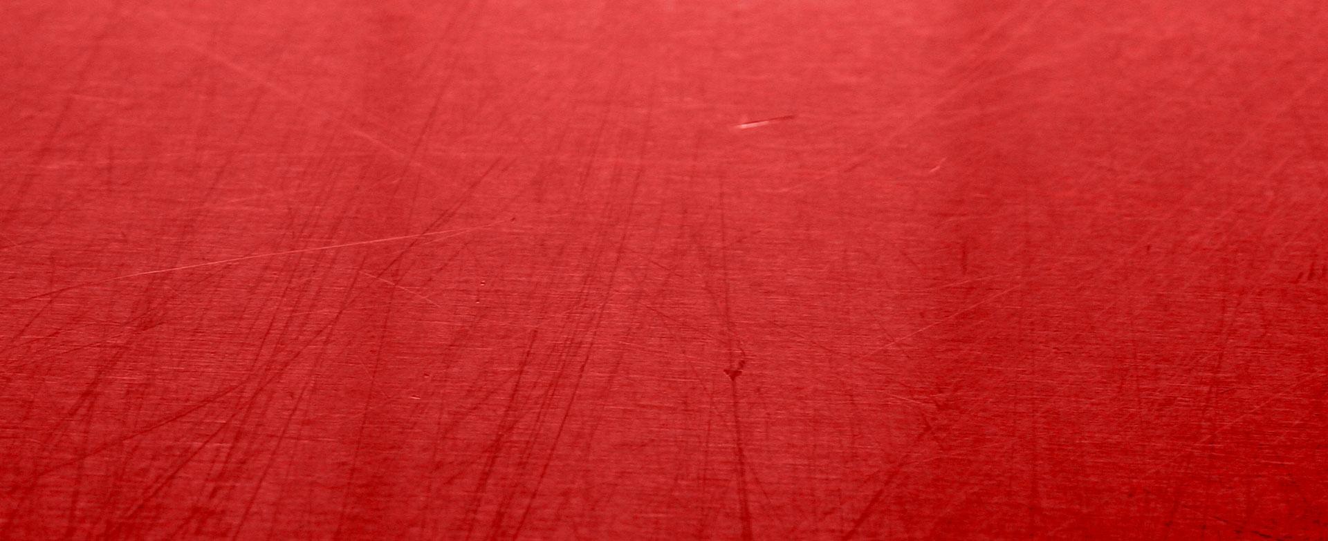 Bandeau rouge pour Tec, le spécialiste en peinture électrostatique